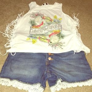 Other - This is a cute outfit girls size 10/12.